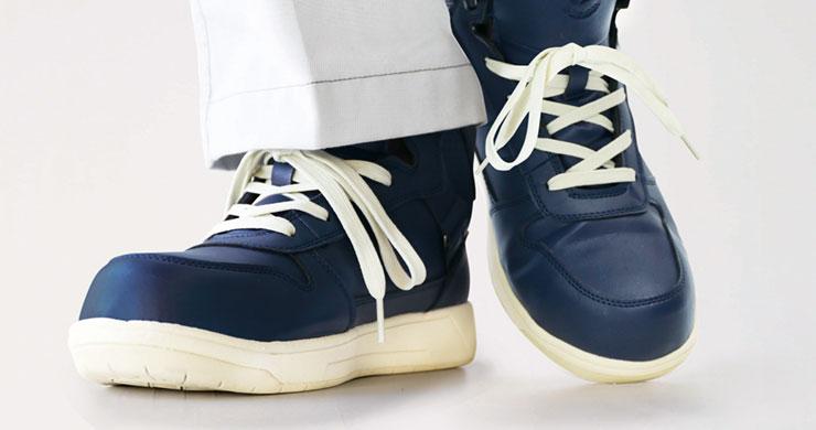「耐油」は油で滑りにくいわけじゃない?滑らない安全靴はこう選ぶ!