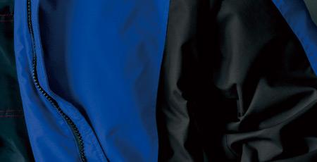 防寒着の素材【ナイロン】