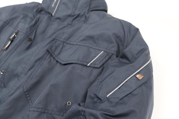 バートル7210 ポケットのリフレクター部分