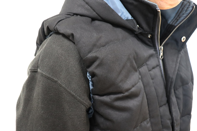 ジーベック 防寒ベスト213 袖ぐり部分のアップ