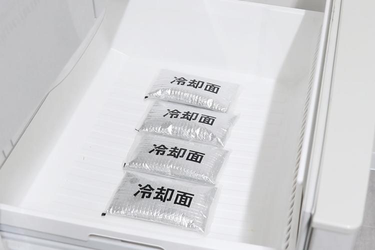 病院・医療現場の暑さ対策に効果的なアイスベストの専用保冷剤